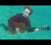 Nový Videoklip Zůstat můžete vidět ZDE !